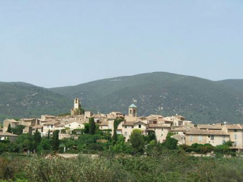 Vente commerce Lourmarin